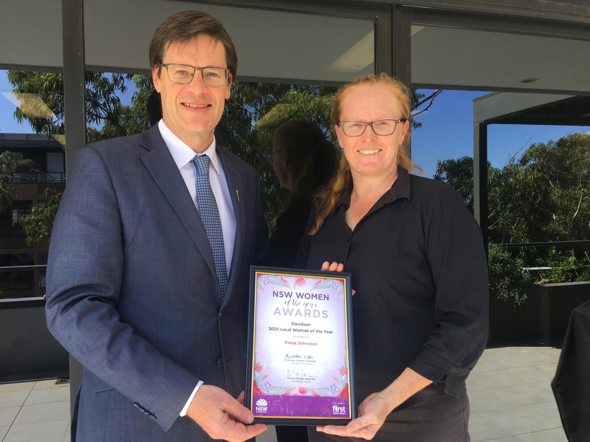 Jonathan O'Dea presents Fiona Johnston with the NSW Woman of the Year Award for Davidson 2020 Local Woman of the year